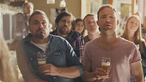 """Marca de cerveja belga apresenta novo conceito para as campanhas """"se conduzir, não beba"""""""